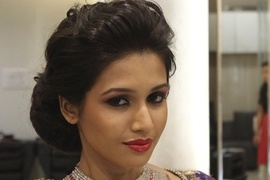 Noor makeup artist info review makeup artist in for Page 3 salon chennai