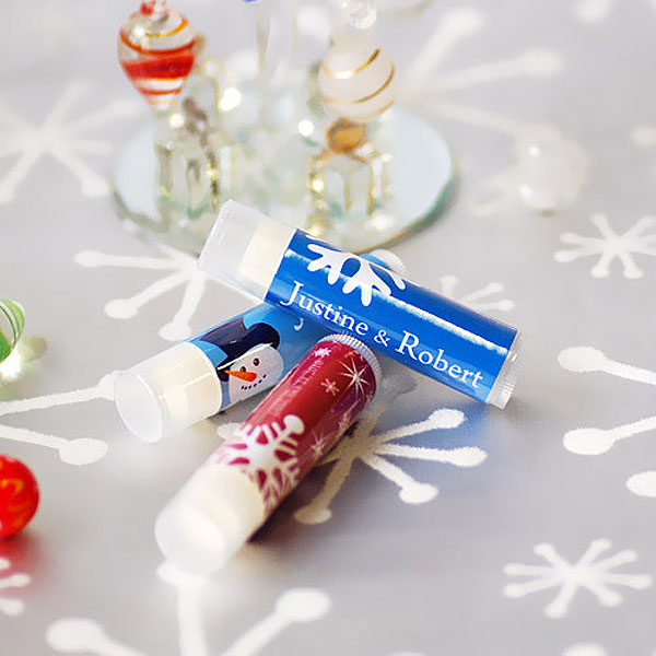 winter-wedding-favors-personalized-lip-balm-beau-coup