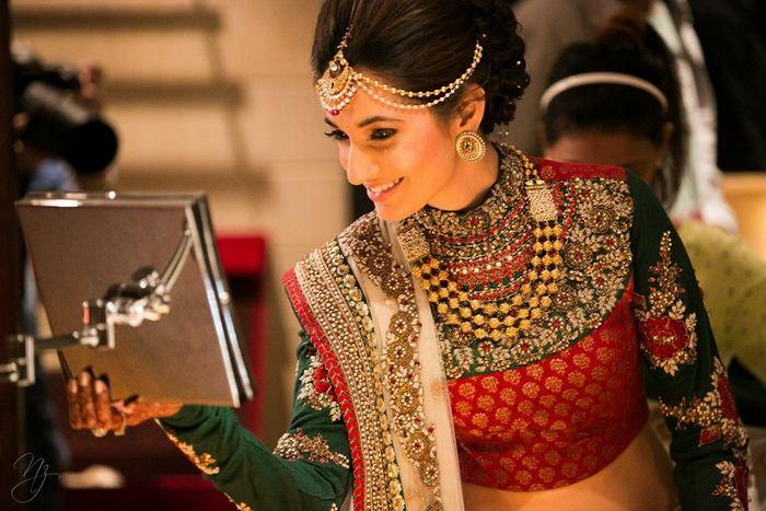 26-colorful-gala-indian-carnival-wedding (17)