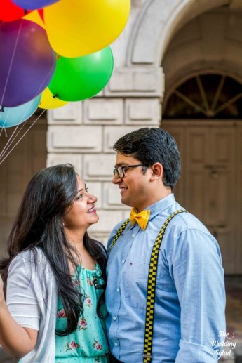49-pre-wedding-shoot-withballoons-up-theme (61)