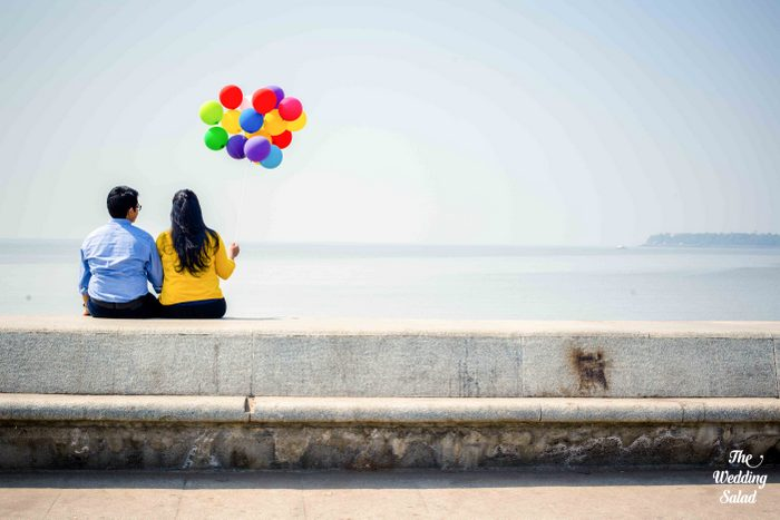 70-pre-wedding-shoot-withballoons-up-theme (11)