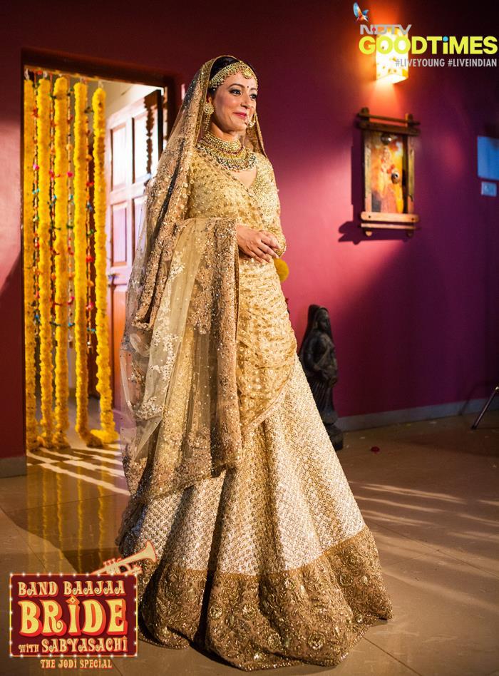 Spotted so far on Band Baaja Bride season 5: Teal, Gold ... Sabyasachi Bridal Collection 2014