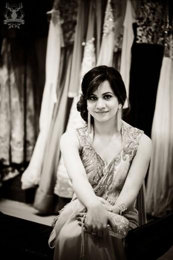 07-girl-sari