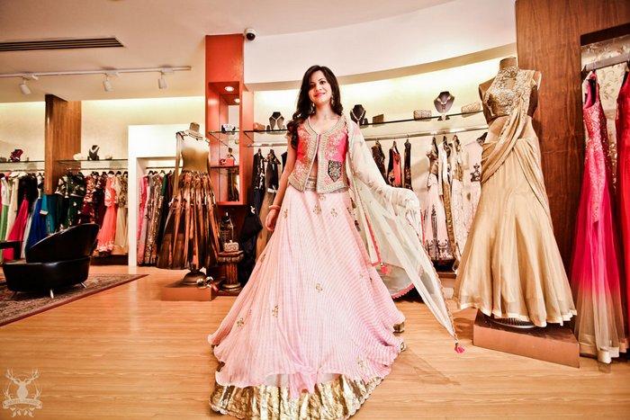 2-light-pink-lehenga-sister-of-the-bride (2)