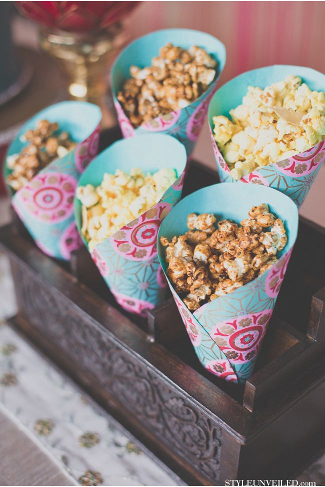 The Coolest Live Stations At Your Wedding Frugerpops Anyone