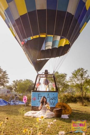 18-hot-airballoon-pre-weddingshoot (19)