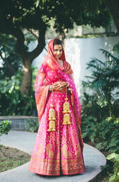 68-pink-vintage-bridal-lehenga-003