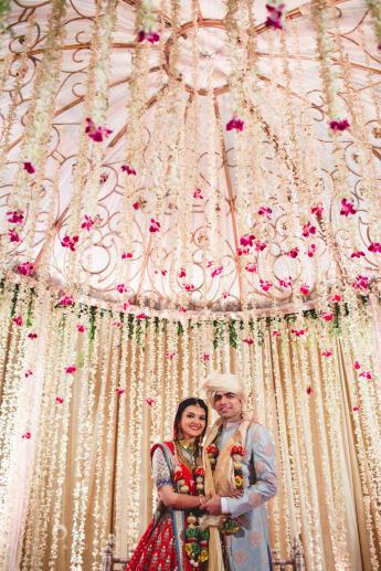 1427443320_SaharaStar-Mumbai-Hindu-Wedding-Photography-Intocandid-MA-49