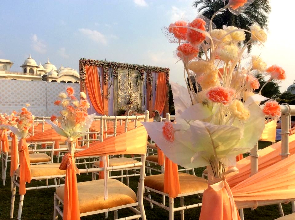 10 Unexpected Ways To Use Flowers At Your Wedding Wedmegood