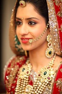 Best Bridal Makeup Reviews : Recinda Martis Bridal Makeup Info and Review Wedding Make ...