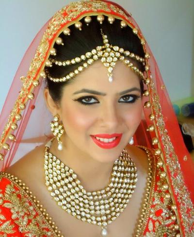 Best Bridal Makeup Reviews : Ablaze by Simran Takkar Info and Review Wedding Makeup ...