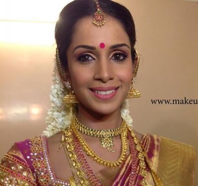 Best Bridal Makeup Reviews : Noor Makeup Artist Info and Review Make Up Artist in ...