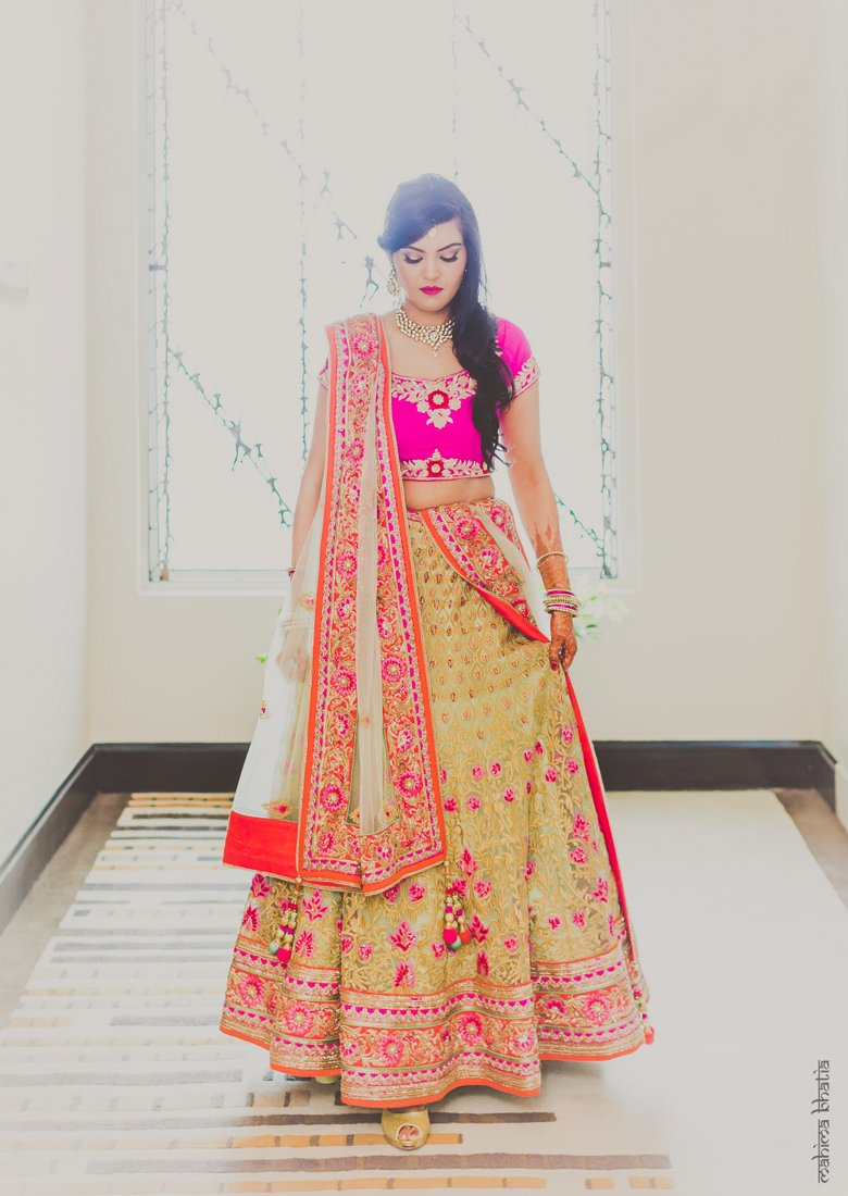 Hot Pink And Gold Engagement In Delhi Wedmegood