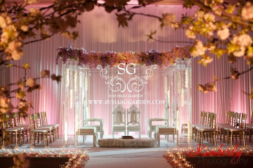 Is Plexiglass The Next Big Wedding Decor Trend